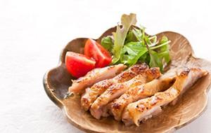 醤油糀鶏肉のソテー